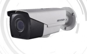 HikVision TurboHD Bullet kamera DS-2CE16F7TIT3Z (5Mpx, 59.8° - 6.2°) MOTORIZIRANA Domet IR-a: do 40m